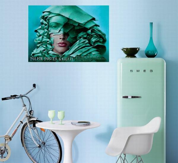Plakat salon,plakat na ścianie, urządzanie wnętrz plakatami, royal arts antyki, plakat filmowy w mieszkaniu