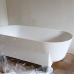 wanna marmorin, marmorin liva, marmorin liva wanna, marmorin wanna, marmorin modico, marmorin umywalka, wanna wolnostojąca, łazienka beton, biała wanna