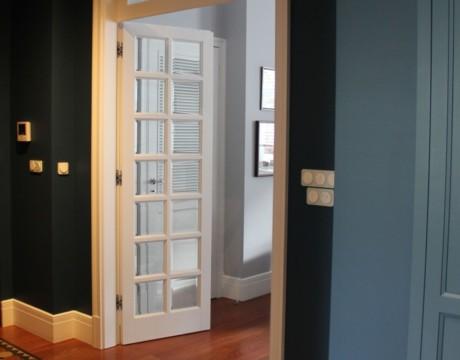warszawa-srodmiescie-luksusowy-projekt-wnetrz-architekt-design-glamour-przedpokoj-blue-gray-kolonialny-4